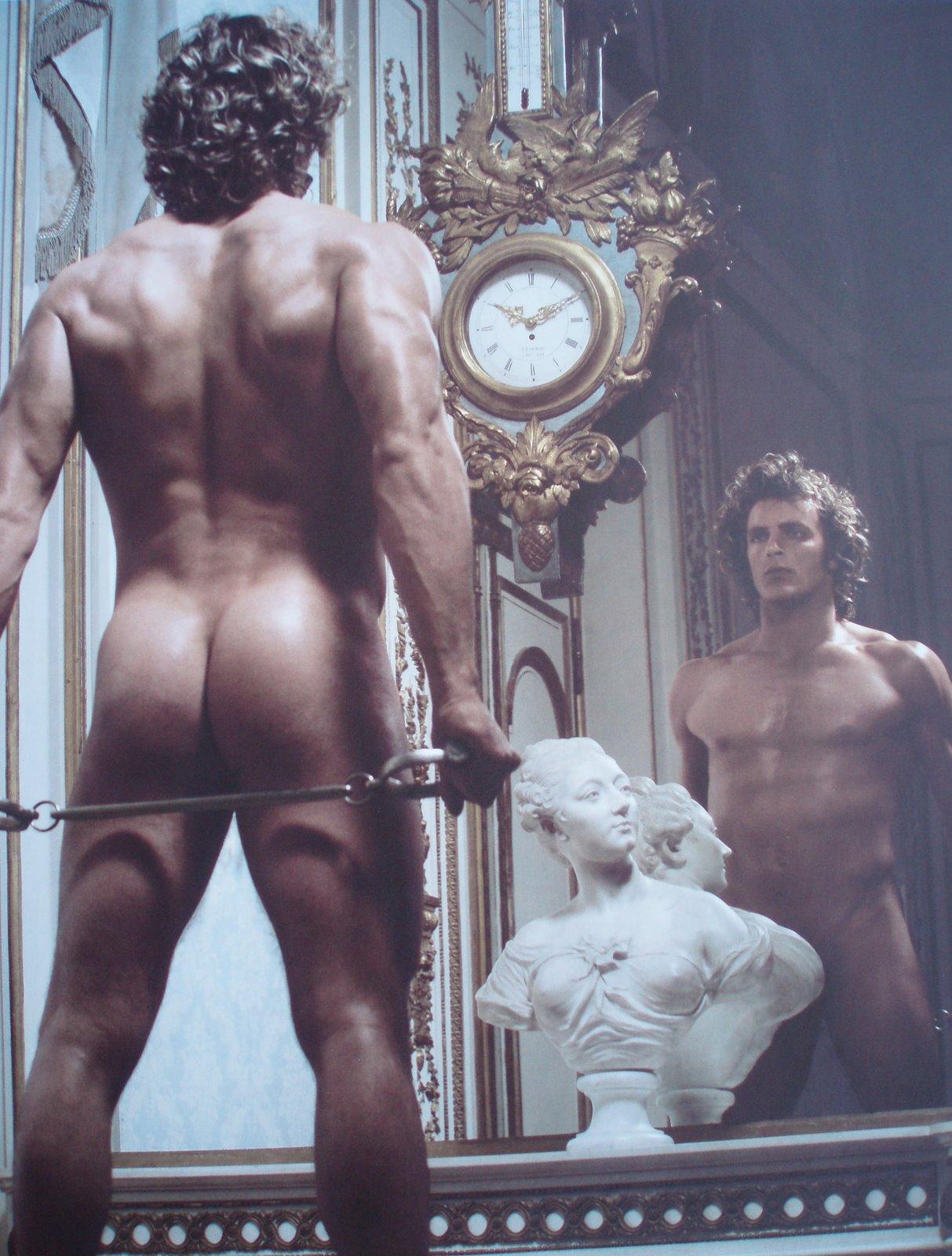 Фото стриптиз голых парней 18 фотография